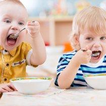совместный прием пищи в детсаде